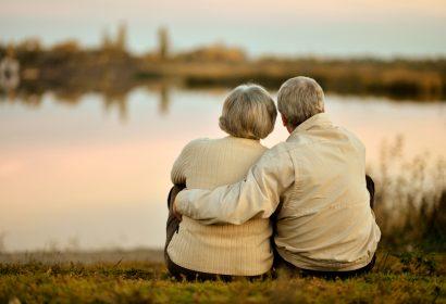 遺族基礎年金がもらえない場合でも、受けられる給付制度があります 遺族が行う手続きガイド⑩