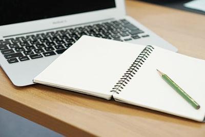 パスワードを一覧表にして「紙に書いて残す」